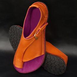 2019 cinghie delle punte delle punte Sandali da donna con tacco alto da donna Sandali con tacco da donna per donna Retro Sandalo da donna con cinturino con fibbia in pelle Bottom Ladies Shoes 11.3 cinghie delle punte delle punte economici