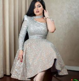 Платья для колен онлайн-Вечернее платье Yousef aljasmi Бальное платье Серебряные кристаллы Одно плечо Длина до колен Кристалл Zuhair murad Платья для выпускного 000 000