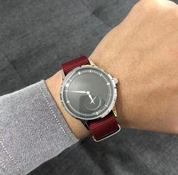 Ultra Fino Trançado Strap Diamante Simples Multicolor Relógios 2019 Homens De Luxo Desgaste Formal Masculino Dobrável Fivela de Relógio de Pulso Presentes Para Homens supplier formal watches de Fornecedores de relógios mens