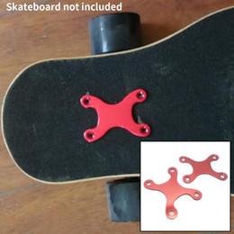 2019 deck pads 2 Stück Teile Skateboard Anti Sinking Hardware Langlebige Schutzdichtungen Deck Screw Pads Pads Longboard Zubehör Round Edge rabatt deck pads