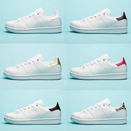size 40 b3b8a e75fd Chaussures de marque Chaussures stan pour Hommes smith flats shoes Rouge  Bleu Argent triple blanc noir femmes sneaker Outdoor Casual chaussures  taille 36-45 ...