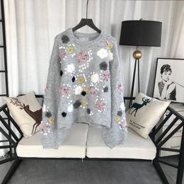 Handgefertigte pullover online-2019 Grau O Neck Long Sleeves Mohair Kaninchen Pullover Womens Designer Handmade Perlen Stickerei Solide Blumen Milan Runway Womens 201903