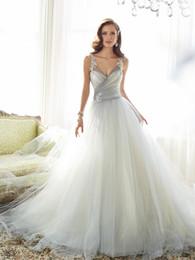 Bandolera de color nude online-Una línea de cuello en forma de corazón de los vestidos de boda atractivo con tirantes y vestido de color péndulo bolso de encargo de la cola neta de múltiples capas traseras del botón