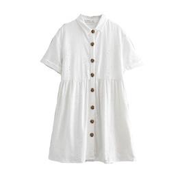 Frauen beiläufige kleider weiße baumwolle online-QZ913 Frauen weiße Farbe Blumenstickerei Plissee Kurzarm Casual Dress aushöhlen Baumwolle Kleider Vestidos