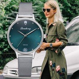 женские серебряные часы Скидка Роскошные Женщины Зеленый Циферблат Браслет Кварцевые Часы Мода Металл Серебряный Пояс Мода Креативное Платье Часы Для Дам Женщины Подарок