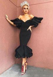 русалка черные коктейльные платья Скидка Маленький черный чай длина короткие коктейльные платья Пром одежда Русалка Сексуальная милая с плеча фрейлина вечерние платья