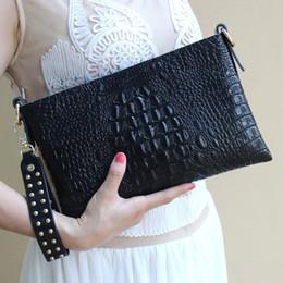 borsa famosa della signora coreana Sconti ICEV nuovo arrivo coreano moda donna borse messenger borse donne marche famose pelle di mucca coccodrillo giorno delle signore frizione sac # 237515