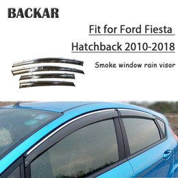 Assetto fiesta online-Backar Auto Auto Windows Pioggia Vento Sole Scudo deflettore della visiera Trim Per Ford Fiesta Hatchback 2010-2018 Accessori All Weather