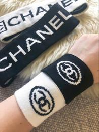 Kaschmir stirnbänder online-Wollen Stirnbänder passen schwarz weiße Farbe Kaschmir elastischen Stirnbänder Handgelenkband Anzug Qualitätssportuhr wärmer Haarbänder Anzug Großhandel