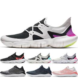 9dd80f588d NOVITÀ 2019 Free RN 5.0 Uomo Scarpe da corsa Moda maschile Designer Sport  Sneakers Estate fresco Traspirante 2018 RUN Donna Leggero Scarpe da maglia