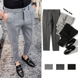 5ef578ae0f67 Pantaloni da uomo 2019 estate nuovo solido colore casuale nove punti  pantaloni gioventù Slim bello selvaggio business casual abbigliamento  maschile a prezzi ...