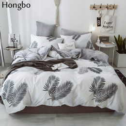 Juego de cama hojas online-Hongbo Cotton Crystal Flannel Bedding Set With Duvet Cover Bed Sheet Children Kids Girl Leaves Winter Bed Linen