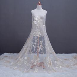 2 yard Fabbrica diretta nuova maglia ricamo champagne tessuto in pizzo abito da sposa FAI DA TE partito Tulle Dress tessuto accessori di abbigliamento da commercio all'ingrosso di tessuto floreale 3d fornitori