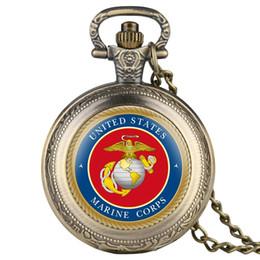 2019 часы Red Face Bronze Retro United States Marine Corps Quartz Pocket Watch FOB Chain Sculpture Silver Pocket Watch Men Souvenir Gifts дешево часы