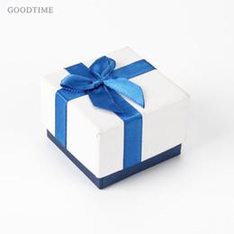 2019 orecchini trasversali blu Scatole regalo squisite per anelli orecchini gioielli Scatole confezione display 24 pz / lotto croce fiori blu nastro scatole di imballaggio sconti orecchini trasversali blu