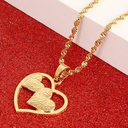 cadeia de amor agradável Desconto Colar de Pingente de coração Cadeia Cor de Ouro Amor Romântico Jóias Moda Feminina Menina Agradável Presente