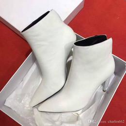 meilleures chaussures européennes Promotion bottes courtes bottes européennes de la station de la mode des femmes belles avec les meilleures chaussures de vente, dessus en cuir à l'intérieur de la peau de mouton