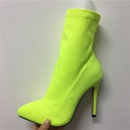 2020 néon bottes vertes 2019 Taille Plus de 42 femmes Fétiche soie Chaussette Bottes 11.5cm Talons stretch Stiletto Heels Red Neon Green Bottines Chaussures Peach néon bottes vertes pas cher