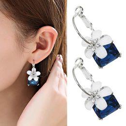 01313ae2c598 Crystal Earrings Women Cherry Blossoms Flower Earrings Fashion Wedding  Jewelry Brincos Statement Stud Earrings