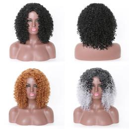 barato cabelo perucas homens Desconto Sara Brasileira Afro Crespo Encaracolado Peruca Sem Cola Cheia Do Cabelo Do Laço Perucas Mulheres Negras Full 180 Densidade Peruca 40 cm 16 Polegadas