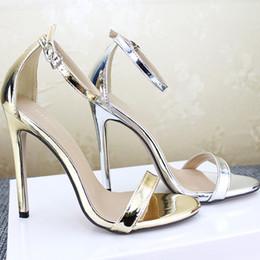 taille 11 sandales dorées Promotion Grandes femmes de taille Designer Sandales Argent Or Talon Haut À La Cheville Sangle Chaussures D'été Talon Mince Chaussures En Cuir