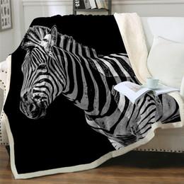 Ropa de cama de cebra impresa online-Zebra manta del tiro 3D Impreso felpa Colcha animal gracioso agosto Manta Prairie púrpura mantas para cama Dropship