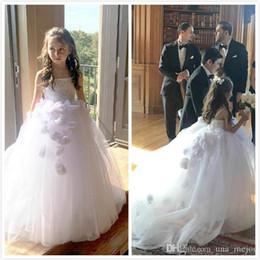 Dresse da flor branca on-line-Princesa Branca Flor Meninas Vestidos com Handflower Andar de Comprimento Custom Made bonito primeiro Cummunion Dresse Barato