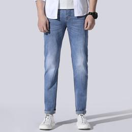 dunkle wäsche zerrissene dünne jeans Rabatt 2020 Frühling Sommer Marke Jeans Herrenmode Ripped Dark Wash Slim Fit Jeans Plus Size Skinny Plus Size 40 42 44 46