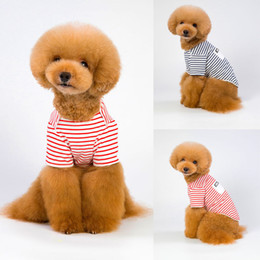 Perro traje de verano online-Cute Pet Dog Clothes Lovely Striped Cotton Puppy Cat Coats Autumn Spring Summer Pet Clothing Suits