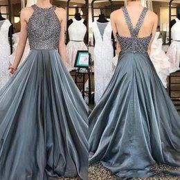 Cristal brillante con cuentas grises largos vestidos de fiesta con halter Sexy Backless Formal noche lleva vestido de fiesta barato desde fabricantes