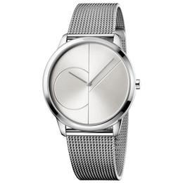 Тонкий черный пояс онлайн-Топ модный бренд мужские и женские часы ультра-тонкий черный водонепроницаемый дамы кварцевые часы с простой стальной ремень сетки пояса часы