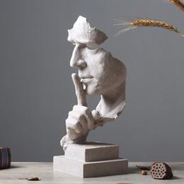 cavallo intagliato in legno Sconti Il silenzio è oro figura astratta artigianato creativo nordico scultura decorazione retrò ufficio soggiorno decorazione regalo per casa casa
