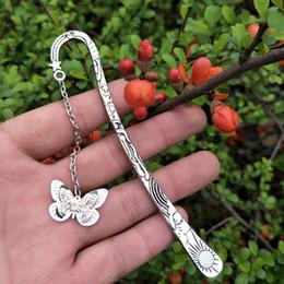 Vintage Croce gufo luminoso Bookmark Piume metallo SunStar piume della coda fluorescente farfalla Preferiti Accessori di moda Omaggio da