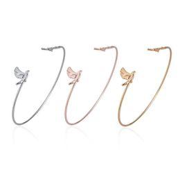 Piccolo fascino per i braccialetti online-Vendita calda semplice moda pace colomba bracciale charms braccialetto bella piccolo uccello braccialetti per le donne ragazze Pulseira