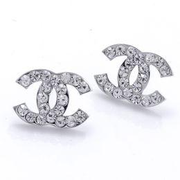 Wholesale Модные женские заколки для волос популярный дизайнер женщин серьги класса люкс кристалл алмаза жемчужные серьги для женщин девушка