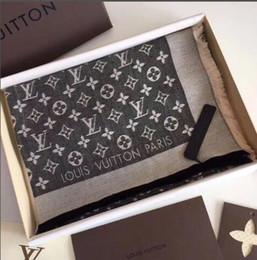 Tintes jacquard online-2019 mujeres al por mayor diseñador de lujo bufandas bufanda de lana bufanda de la marca suavidad de lana de algodón jacquard hilo teñido diseñador de la marca bufanda