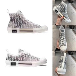 scarponi da lavoro in pelle a buon mercato Sconti Casual Shoes Dior Homme Oblique X KAWS da Kim Jones Uomini Donne Moda Designres Triple S Luxury High Top Sneakers Skateboard Scarpe Stivali