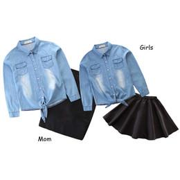 blusa denim bebê menina Desconto Roupas de criança da menina da família combinando roupas de mãe filha definir Denim blusa casaco + cintura alta Bodycon saia pai criança roupa Y19051103