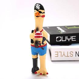 2019 brinquedo de galinha engraçado Brinquedo do cão de frango pirata brinquedo natural látex som divertido engraçado soando brinquedo cão pirata voando suprimentos de estimação de galinha estranha desconto brinquedo de galinha engraçado