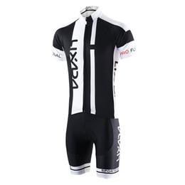 Maglietta a maniche corte traspirante Quick Dry comoda + Pantaloncini imbottiti Abbigliamento da ciclismo Set Abbigliamento sportivo da equitazione Y3001B-S da maglia di pelli fornitori