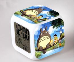 2019 farbwechsel uhren Totoro Tischuhr Totoro Wecker Led Licht 7 Farbwechsel Elektronische Schreibtisch Platz Digital-Uhr Alram Uhr günstig farbwechsel uhren