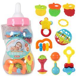Çocuklar için Dev Süt Şişesi kavrayın çocuklar eğitici oyuncaklar ile 0-12 ay 10pcs Bebek İlk Çıngıraklar oyuncak ve diş kaşıyıcınız Oyuncak Y200111 nereden
