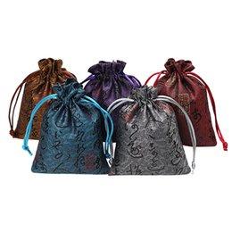 Schmuck seidenbeutel online-Neue 20 stücke Silk Schmuckbeutel Taschen mit Kordelzug 10x13 cm Schmuckbeutel für Weihnachten Hochzeit Geschenk Taschen Pochette Tissu 13x18 cm