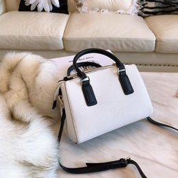 handgenähte ledertaschen Rabatt nagelneue Ankunftsdamen crossbodybag Schulterbeutel des echten Leders hochwertige Handtaschen Retro Metall empfindliche Handnaht