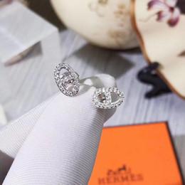 Pendientes ovalados online-S925 Plata pura Pendiente de botón de marca Pendiente de botón de lujo con diamante y forma ovalada de forma de logotipo Pendientes de gota Marca de mujer