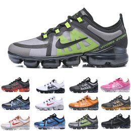 2019 vestidos de carrera amarillos nike Vapormax air max airmax Nuevo 2019 Casual Vap o zapatos TN Plus Maxes Mujer Shock Shoes Run Utility Moda para hombre damas zapatillas deportivas Tamaño US5.5 ~ 11