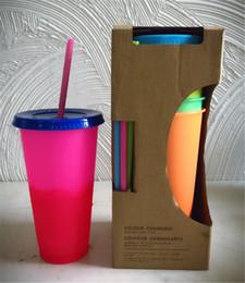 Deutschland Rainbow Plastic Abnehmbare Tasse 700ml Farbwechselkunststoffe Wiederverwendbare kalte Tasse Kaffee- und Teetasse Große Kapazität mit Deckel Stroh 5 Farben GEMISCHT supplier color cup rainbow Versorgung