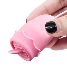 vibrador del clítoris pequeño Rebajas BDSM Vibrador Lengua Suck 10 Modo Lick juguetes para el control de la carga del USB del pezón estimulador del clítoris remoto Mujeres Masturbador