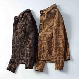 Marcas de chaqueta italiana online-Italianos marea capa de la marca de la chaqueta de mezclilla de moda damas chaqueta carta de estilo chaqueta de mezclilla de los hombres de los hombres de manga larga ropa de hombre