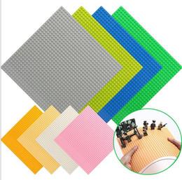 Ladrillo construido online-Kazi Classic Placas de base Ladrillos de plástico Placas de base Compatible con Legoelys Dimensiones Bloques de construcción Juguetes de construcción 32 * 32 puntos